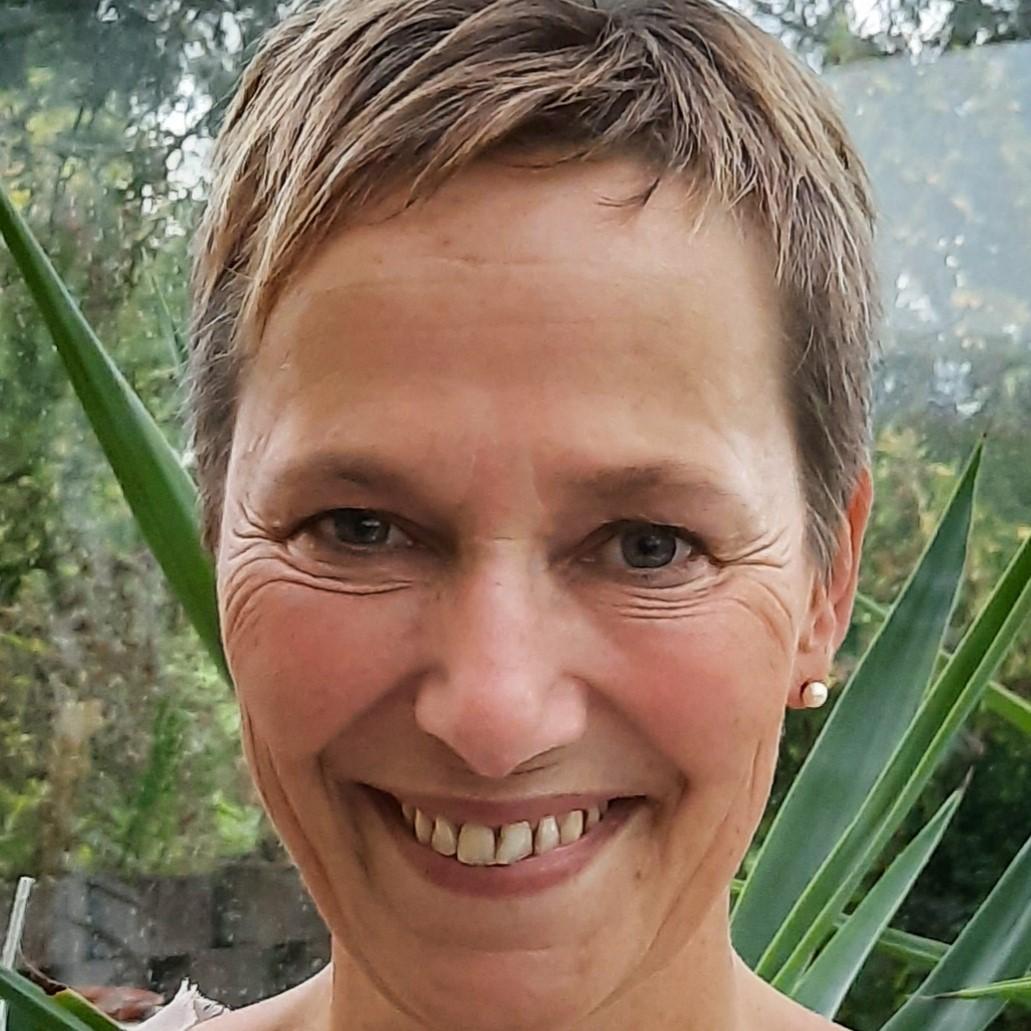 Nicole Warnke2
